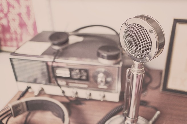 microphone-2627991_1280